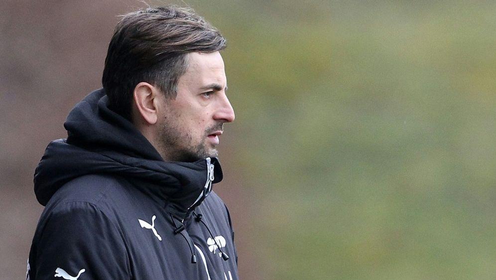 1. FFC Frankfurt verlängert mit Trainer Arnautis - Bildquelle: FIROFIROSID