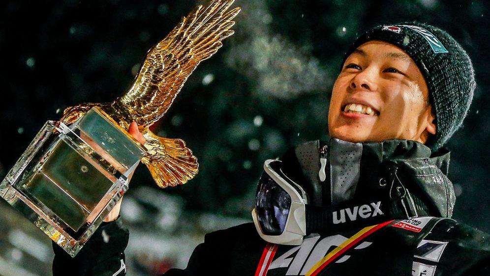 Ryoyu Kobayashi gewann auch das vierte Springen der Vierschanzentournee. - Bildquelle: 2019 Getty Images
