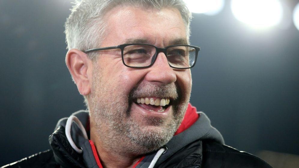Will auch in Leipzig punkten: Union-Trainer Urs Fischer - Bildquelle: FIROFIROSID