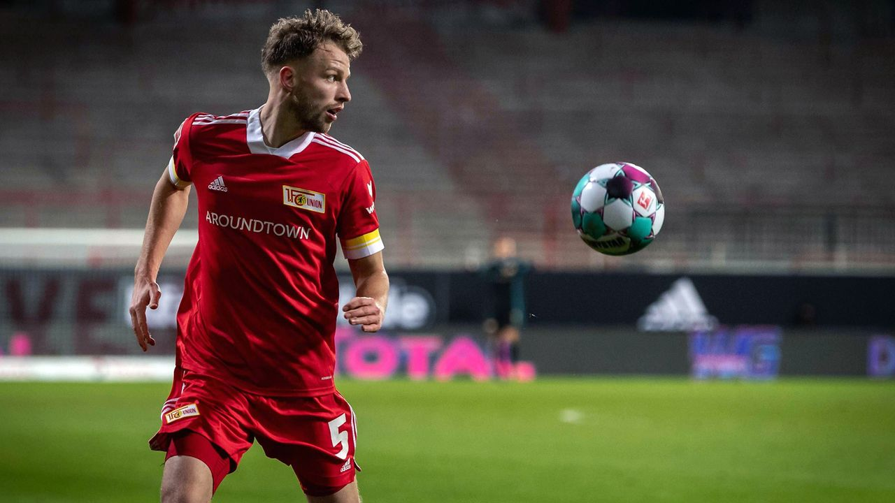 Abwehr: Marvin Friedrich (Union Berlin) - Bildquelle: imago images/camera4+