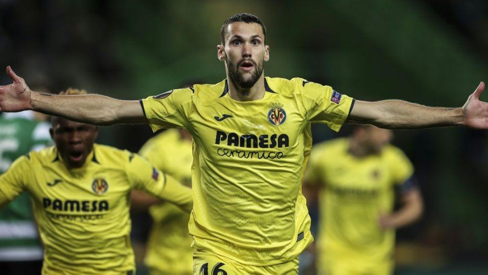 Könnte bald für die Eintracht spielen: Alfonso Pedraza - Bildquelle: AFPSIDCARLOS COSTA