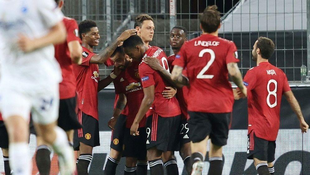 Manchester United bejubelt den Einzug ins Halbfinale - Bildquelle: FIROFIROSID