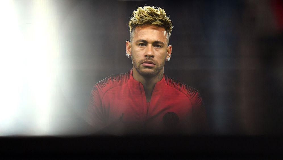 Die brasilianische Polizei ermittelt gegen Neymar. - Bildquelle: Getty
