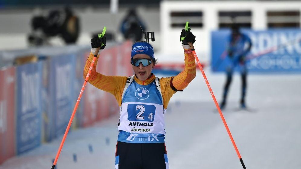 Die Frauen Staffel holt in Antholz den zweiten Platz - Bildquelle: AFPAFPMarco BERTORELLO