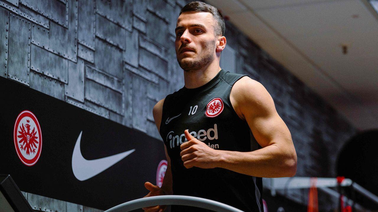 Platz  20: Filip Kostic (Eintracht Frankfurt) - Bildquelle: imago images/Jan Huebner