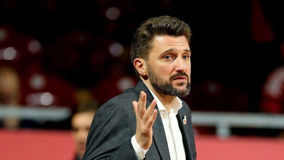Marko Pesic erwartet von der Mannschaft eine Steigerung - Bildquelle: FIROFIROSID