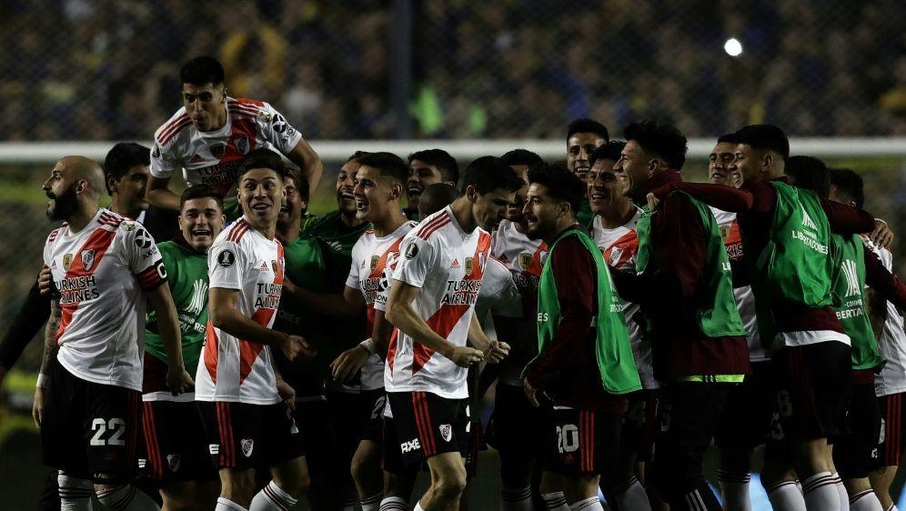 River-Plate-Spieler bejubeln Finaleinzug - Bildquelle: AFPSIDALEJANDRO PAGNI