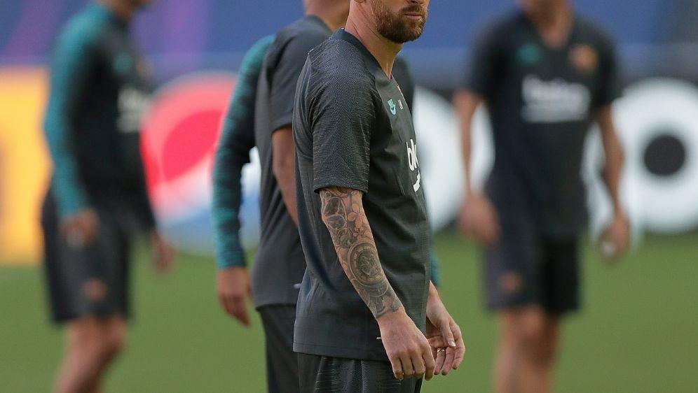 Lionel Messi trainiert wieder mit dem FC Barcelona - Bildquelle: AFPSIDMANU FERNANDEZ