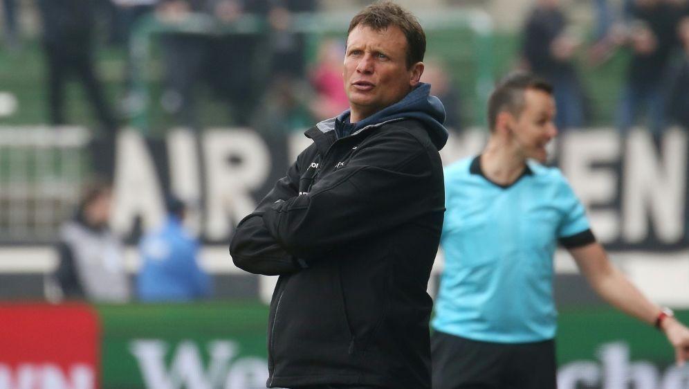 Sein Team hat 792 Minuten nicht getroffen: Claus Schromm - Bildquelle: FIROFIROSID