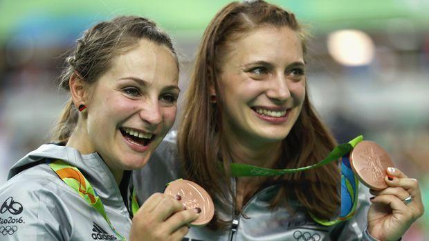 Kristina Vogel und Miriam Welte (Bahnrad/Bronze) - Bildquelle: 2016 Getty Images