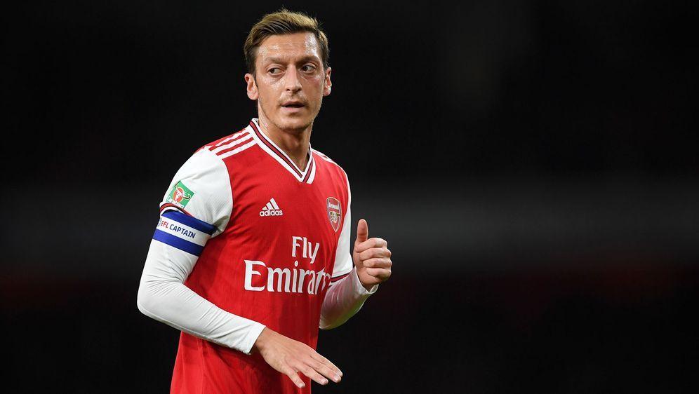 Mesut Özil kommt beim FC Arsenal nur noch sporadisch zum Einsatz. - Bildquelle: Getty Images