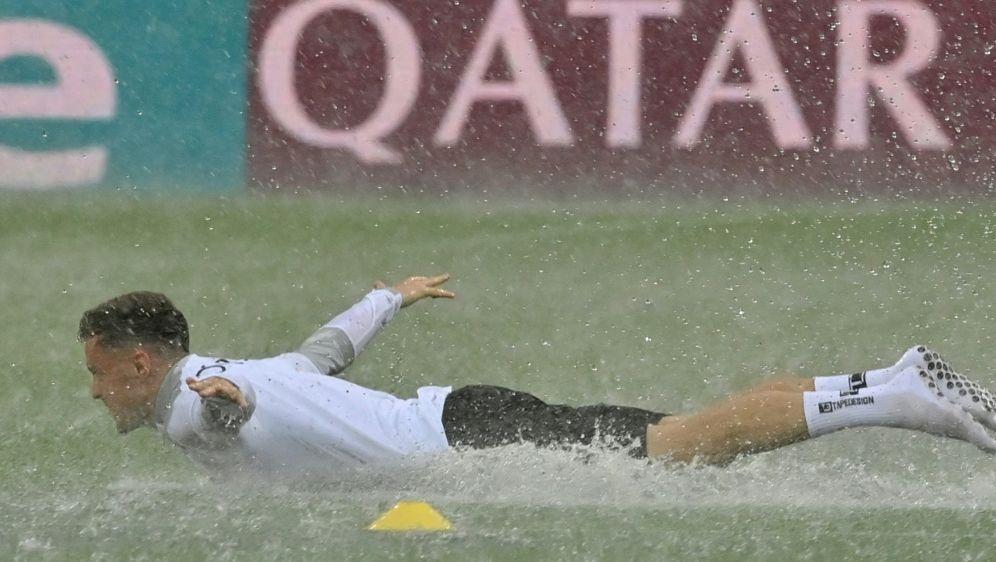 Österreichs Christoph Baumgartner im Regen von Bukarest - Bildquelle: AFPSIDDANIEL MIHAILESCU