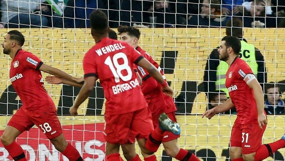 Leverkusen feiert Sieg über Wolfsburg - Bildquelle: PIXATHLONPIXATHLONSID