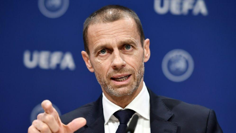 UEFA-Präsident Ceferin kritisiert den Videobeweis - Bildquelle: AFPSIDFabrice COFFRINI