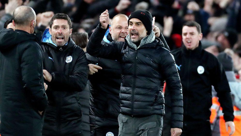 Pep Guardiola fühlte sich von den Video-Schiedsrichtern benachteiligt. - Bildquelle: 2019 imago