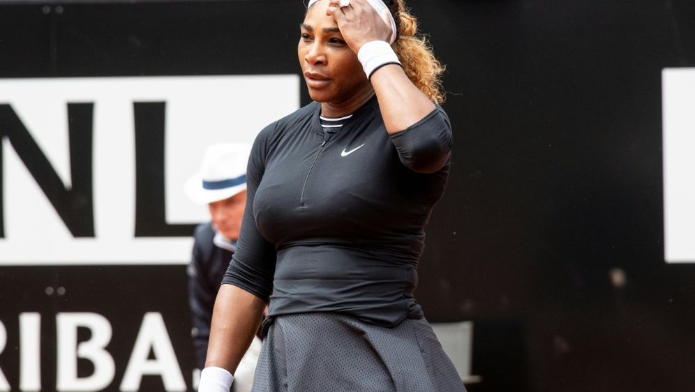 Serena Williams muss verletzungsbedingt zurückziehen - Bildquelle: AFPSIDGiuseppe Maffia