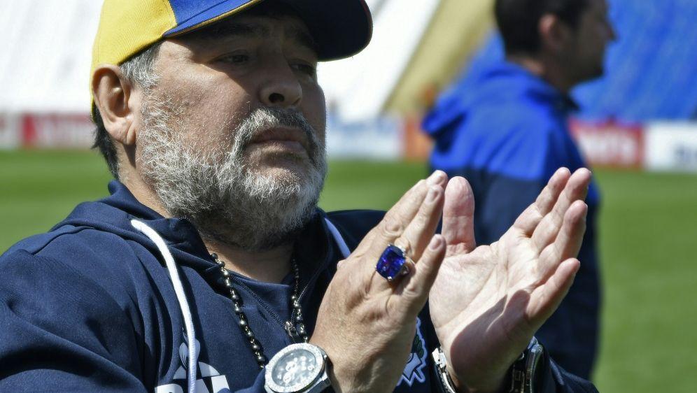 Erster Sieg: Diego Maradona - Bildquelle: AFPSIDANDRES LARROVERE