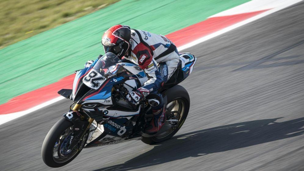 Stürzte kurz vor dem Ende: Jonas Folger - Bildquelle: BMW Motorrad MotorsportBMW Motorrad MotorsportBMW Motorrad Motorsport