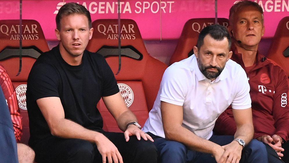 Beim FC Bayern blicken Julian Nagelsmann (links) und Hasan Salihamidzic in e... - Bildquelle: Imago