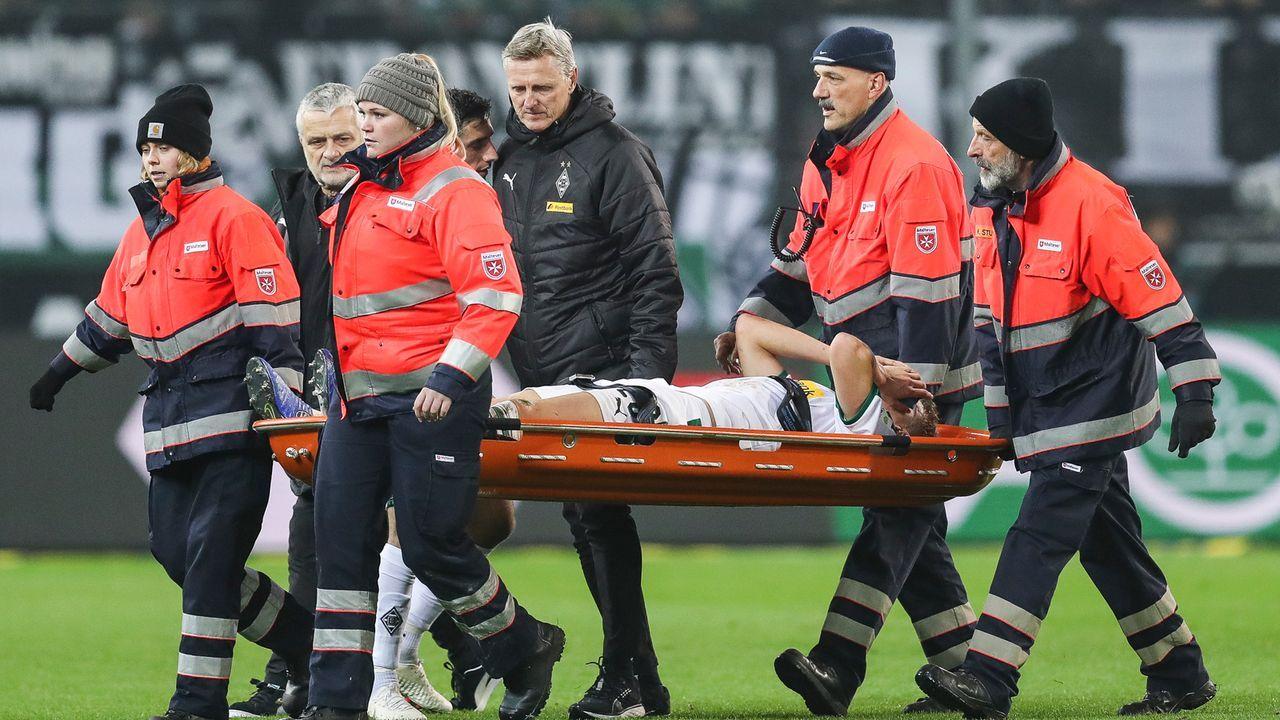 Matthias Ginter scherzt nach schwerer Verletzung aus dem Krankenbett  - Bildquelle: Getty Images