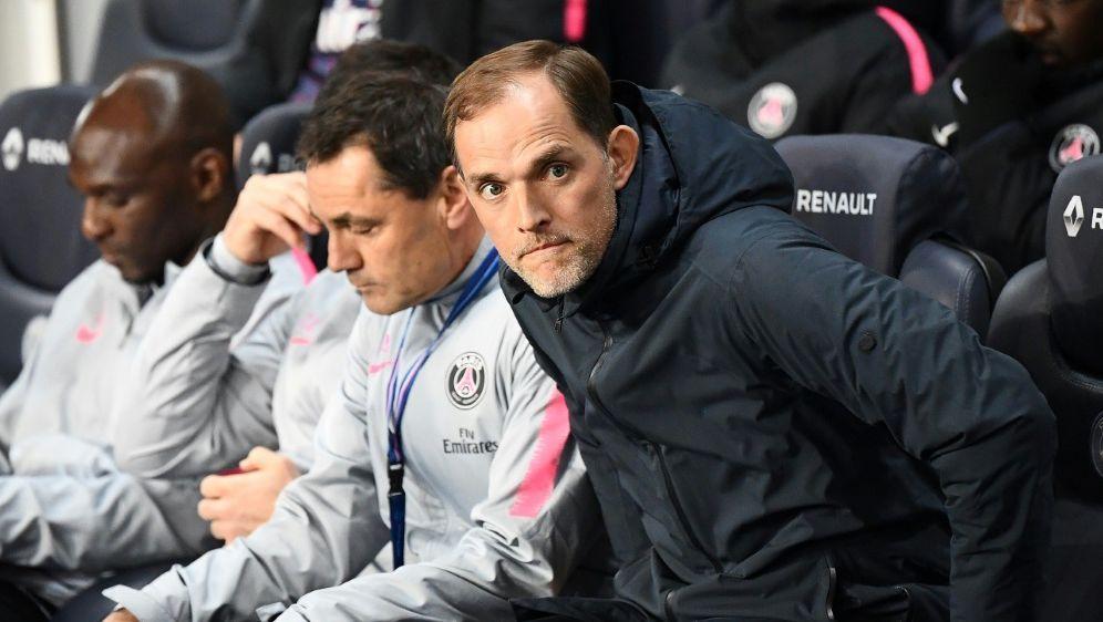 Sauer auf seine Spieler: PSG-Trainer Thomas Tuchel (r.) - Bildquelle: AFPSIDFRANCK FIFE