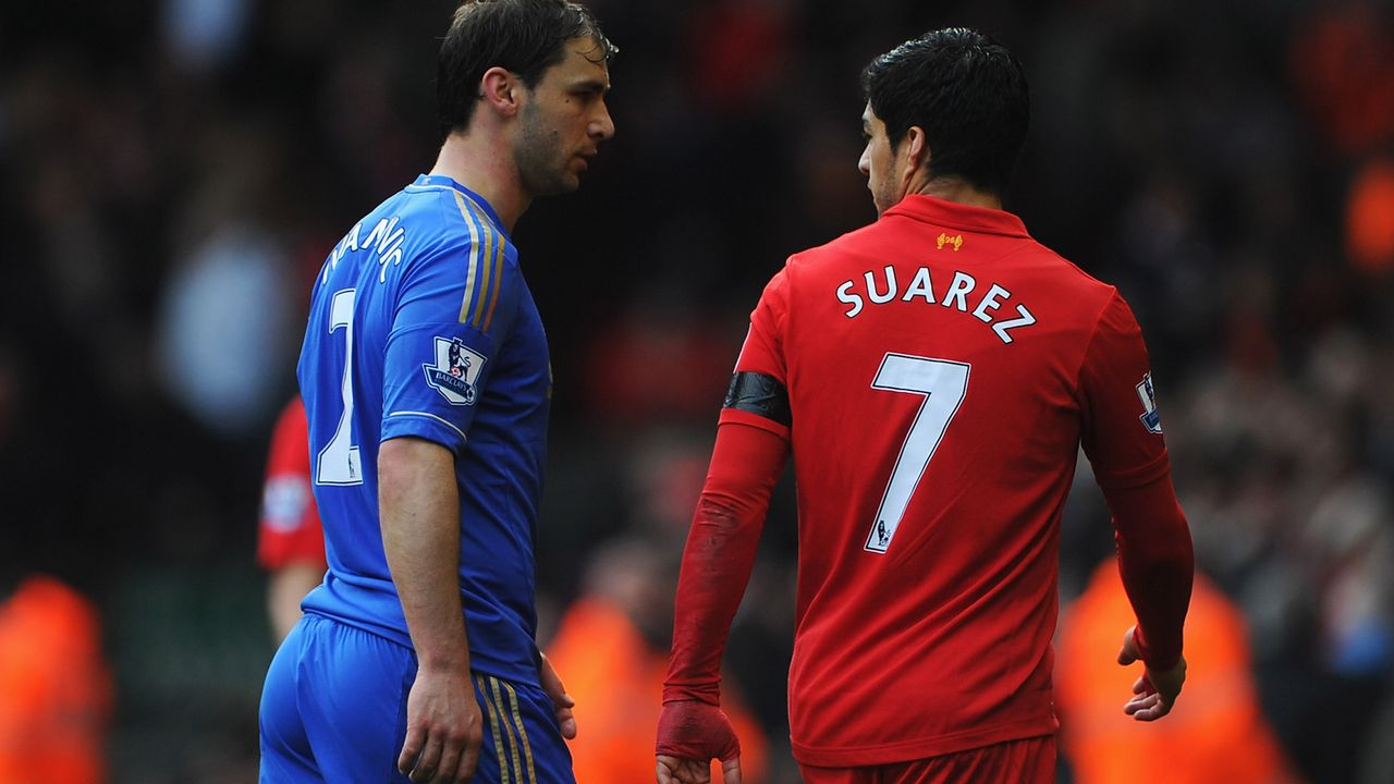 Luis Suarez (FC Liverpool, zehn Spiele Sperre) - Bildquelle: 2013 Getty Images