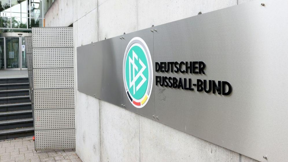 Ratzeburg plädiert für mehr Frauenpower im Fußball - Bildquelle: FIROFIROSID