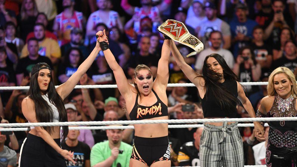 Steht Ronda Rousey vor dem Ende der WWE-Karriere? - Bildquelle: imago sportfoto
