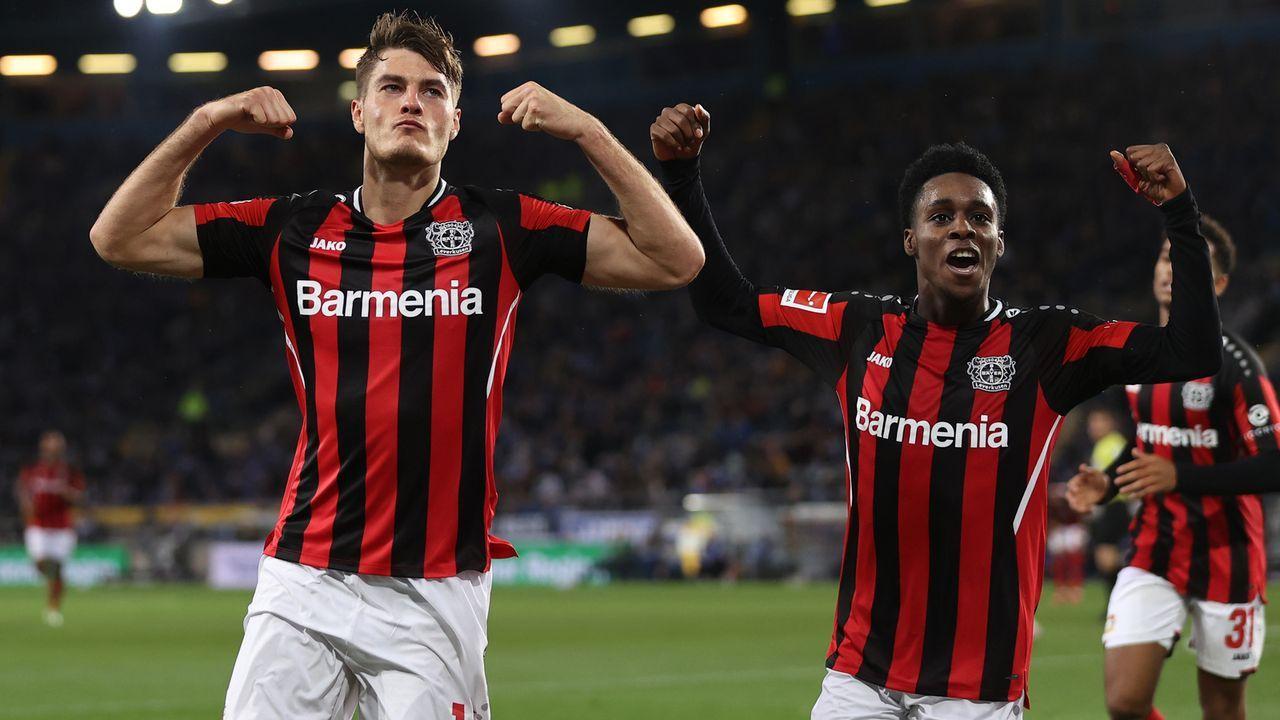 Starkes Bayer Leverkusen als erster Bayern-Verfolger - Bildquelle: 2021 Getty Images