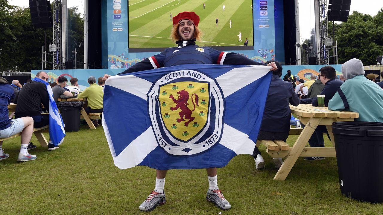 Schottische Fans - Bildquelle: imago images/PA Images