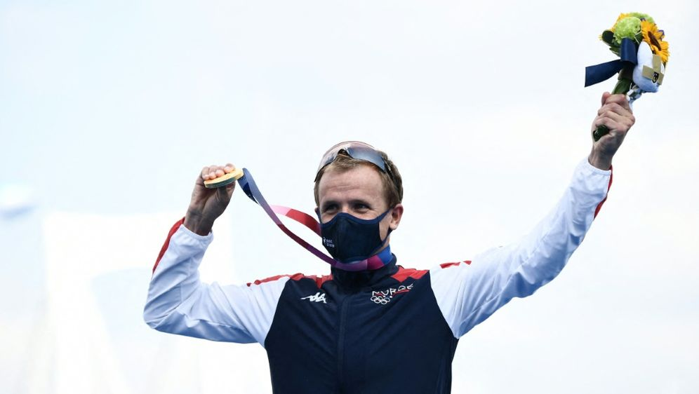 Kristian Blummenfelt gewinnt Gold - Bildquelle: AFPSIDLOIC VENANCE