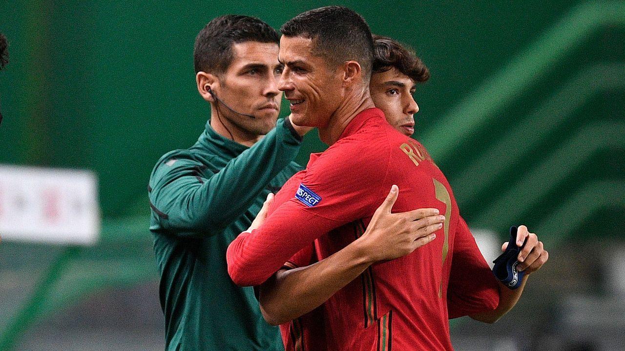 Portugal (FIFA-Weltrangliste Platz 5) - Bildquelle: 2020 Getty Images