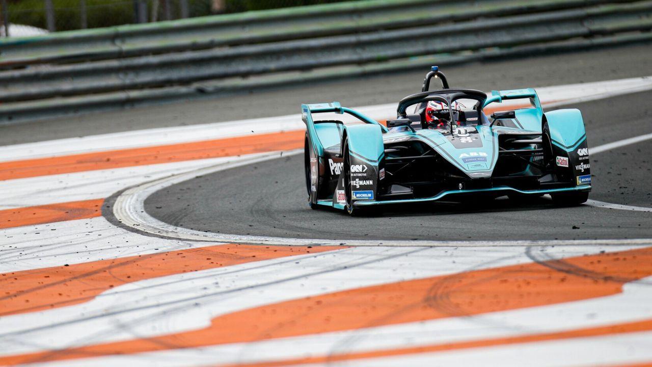Panasonic Jaguar Racing - Bildquelle: Motorsport Images
