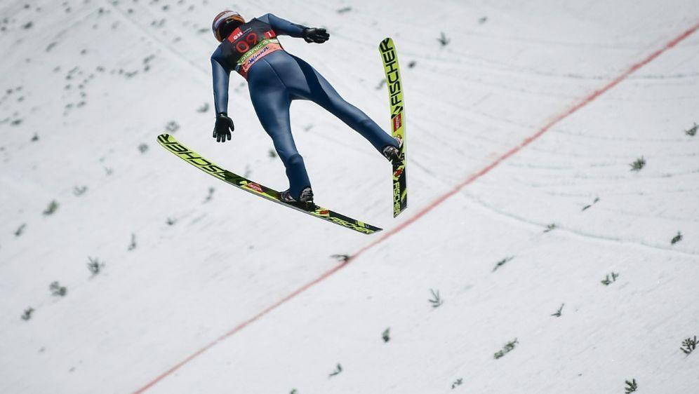 Geiger steht zur Halbzeit in Kuusamo auf Rang zehn - Bildquelle: AFPSIDJURE MAKOVEC