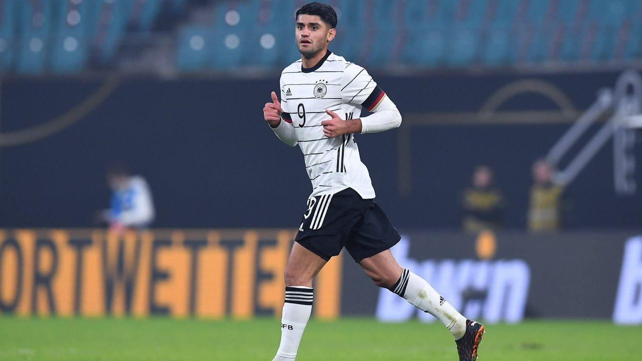 Mittelfeld: Mahmoud Dahoud (Borussia Dortmund) - Bildquelle: Imago