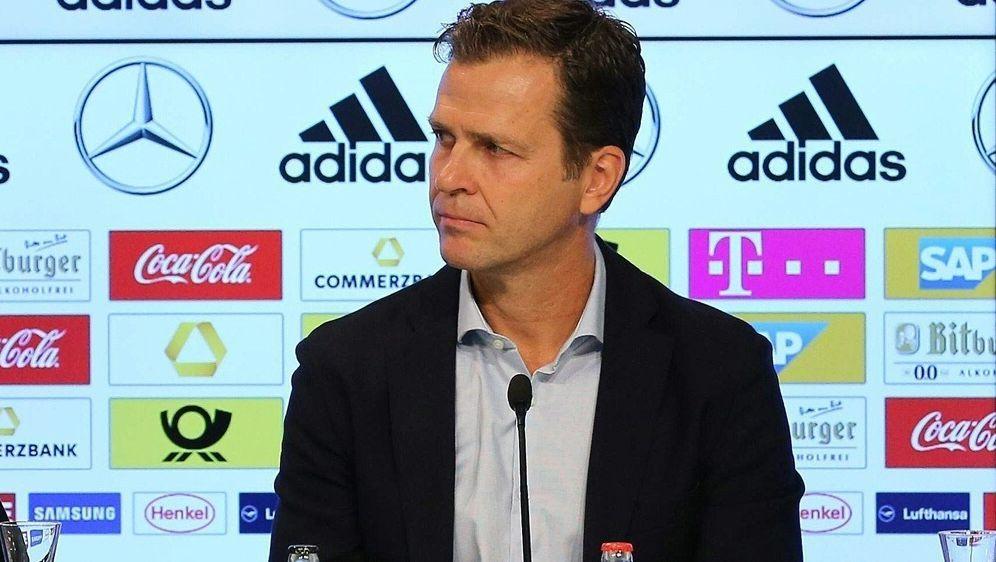 Oliver Bierhoff rechnet nicht mit Rücktritten - Bildquelle: FIROFIROSID