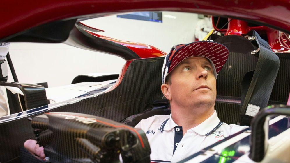 Muss aus der Boxengasse starten: Kimi Räikkönen - Bildquelle: PIXATHLONPIXATHLONSID