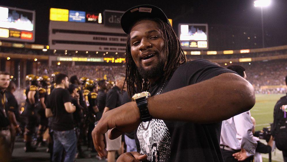 Hat wohl eine Zukunft in der NFL: Vontaze Burfict darf nach seiner Rekordspe... - Bildquelle: Getty Images