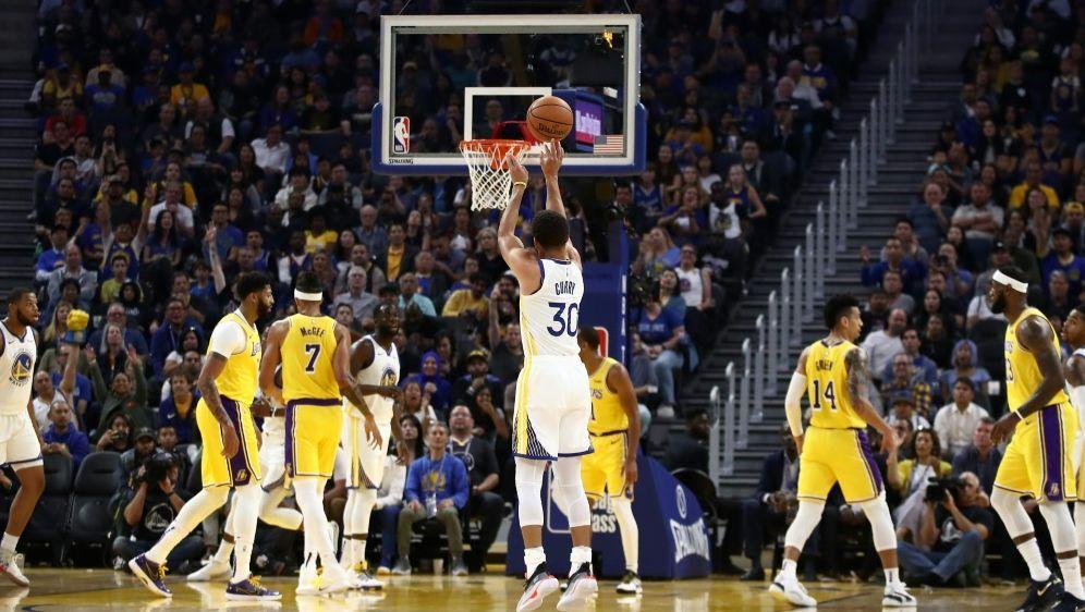 Stephen Curry und die Warriors unterliegen den Lakers - Bildquelle: AFPGETTYSIDEZRA SHAW