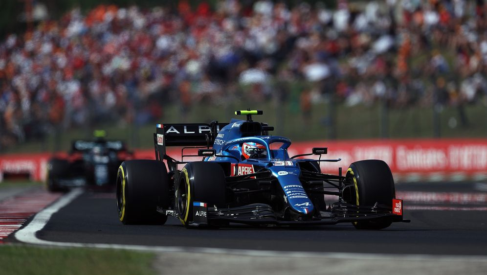 Esteban Ocon holt seinen ersten Grand-Prix-Sieg - Bildquelle: Getty Images
