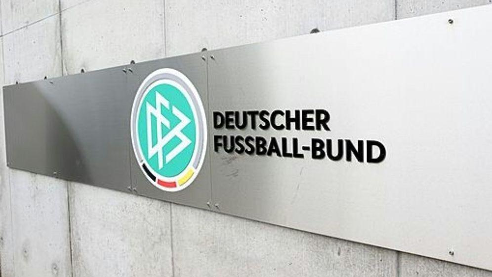DFB will Hygienekonzept von 3. Liga verbessern - Bildquelle: FIROFIROSID