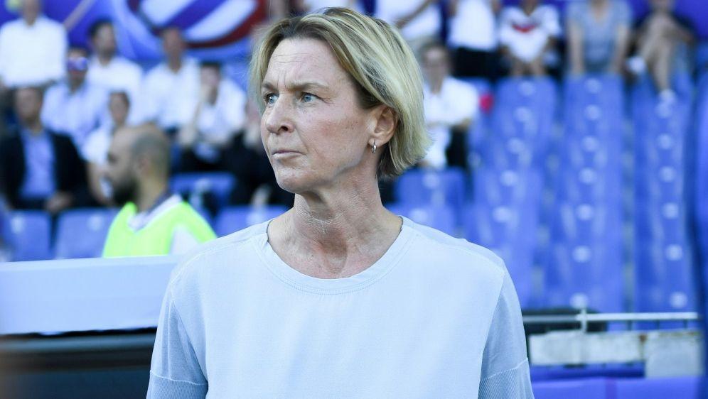 "Bundestrainerin Voss-Tecklenburg will ""Charakterköpfe"" - Bildquelle: FIROFIROSID"