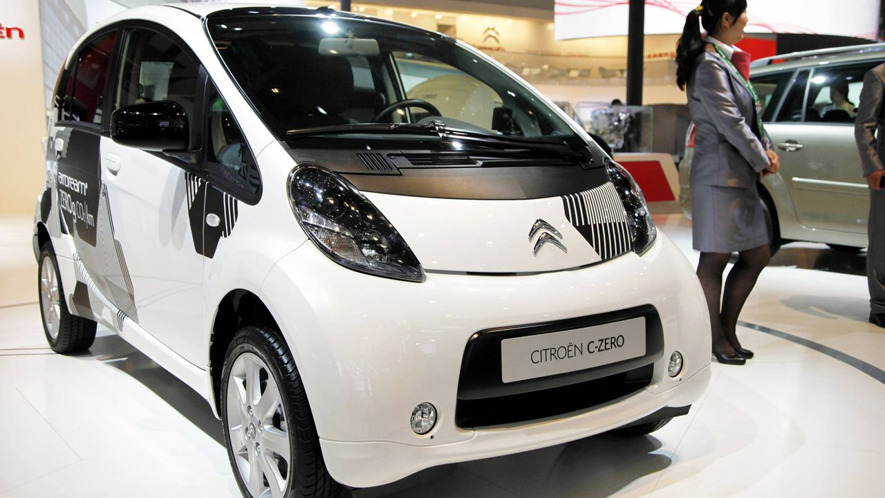 Citroën C-Zero - Bildquelle: imago stock&people