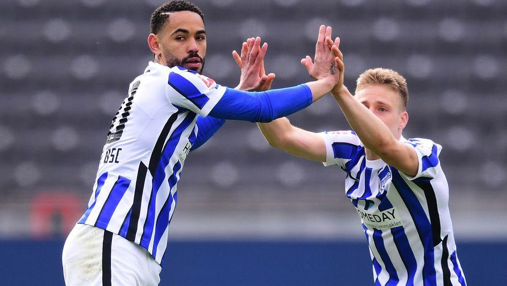 Matheus Cunha (li.) und die Hertha spielen ihre erste Bundesliga-Partie seit... - Bildquelle: Getty Images
