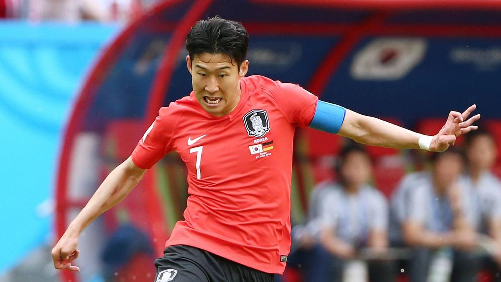 Heung Min Son gewann mit Südkorea gegen Uruguay - Bildquelle: imago