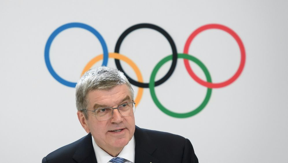 Bach sichert qualifizierten Sportlern Teilnahme zu - Bildquelle: AFPSIDFABRICE COFFRINI