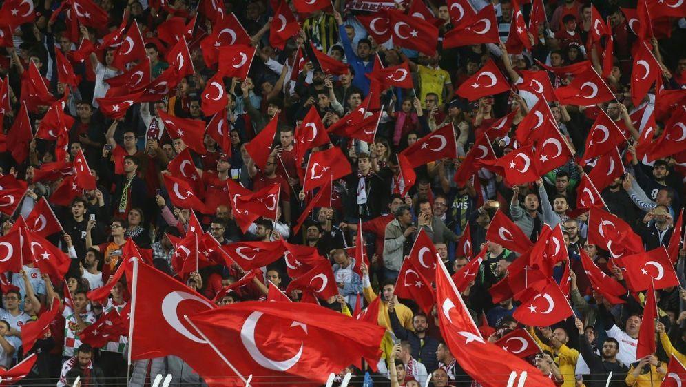 UEFA-Urteil gegen den TFF noch nicht bestätigt - Bildquelle: AFPSID-