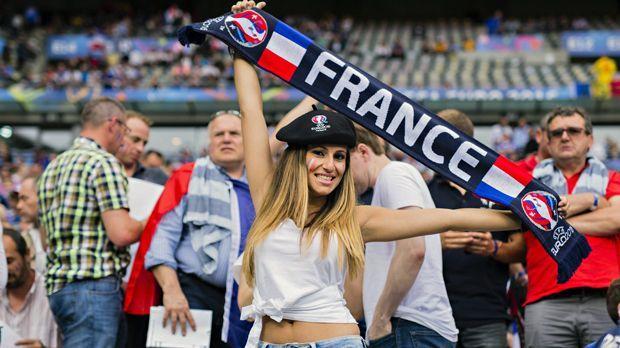Fan Frankreich - Bildquelle: imago/Moritz Müller