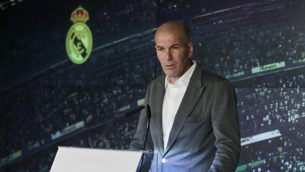 Zidane startet mit Real Madrid gegen Celta Vigo - Bildquelle: PIXATHLONPIXATHLONSID