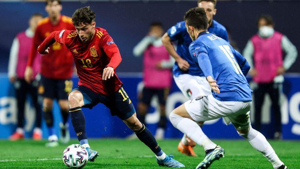 Steht bereits mit einem Bein im Viertelfinale: Die spanische U21 - Bildquelle: Imago Images